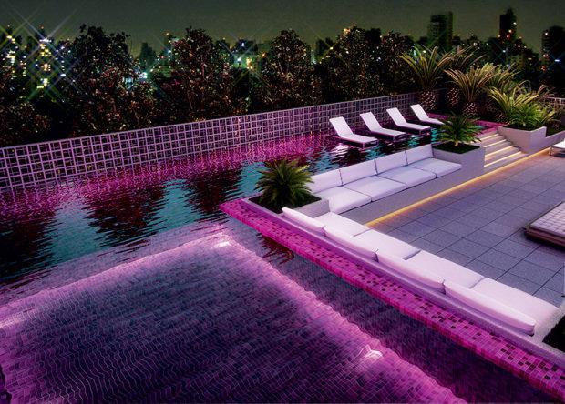 flats-estao-na-moda-piscina