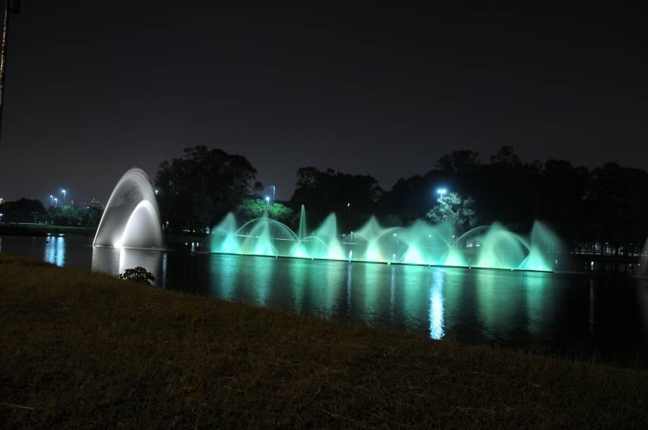 A Marquise do Ibirapuera recebe uma oficina de patins na noite de sábado