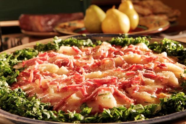 Pizza de pera com presunto de Parma