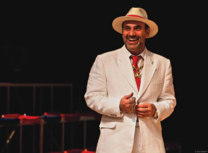 Marco Ricca em Boca de Ouro: caracterização inspirada que privilegia o lado cafajeste do protagonista