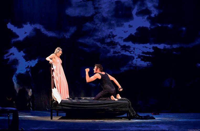 Selma Egrei e Thiago Lacerda: os atores são destaque da tragédia Hamlet