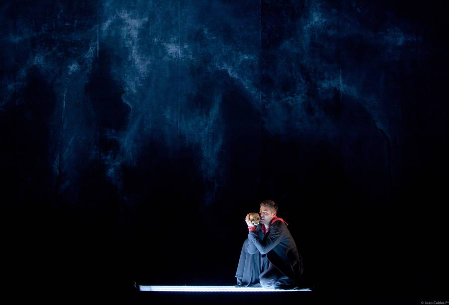 Thiago Lacerda em Hamlet