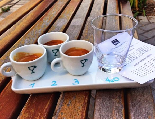 foto para veja  degustação 3 espressos