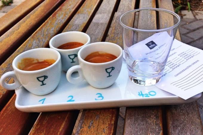 foto-para-veja-degusta%c3%a7%c3%a3o-3-espressos