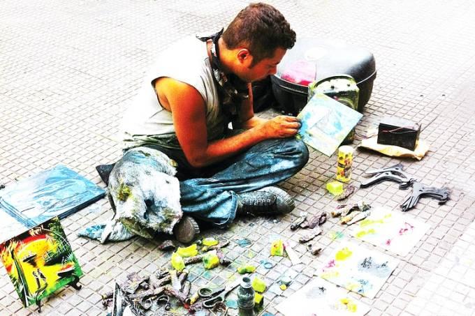 Trabalho de rua, artista de rua na 25 de Março Foto Ivan Dias