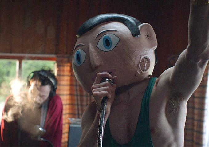 O ator mascarado está em cartaz nos cinemas no novo filme da série X-Men