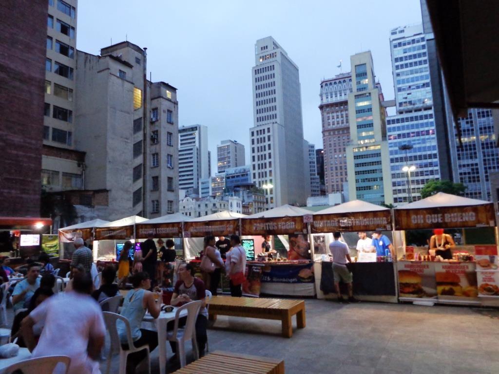 Festival do Hambúrguer: na Praça das Artes (Foto: Anderson Santiago)