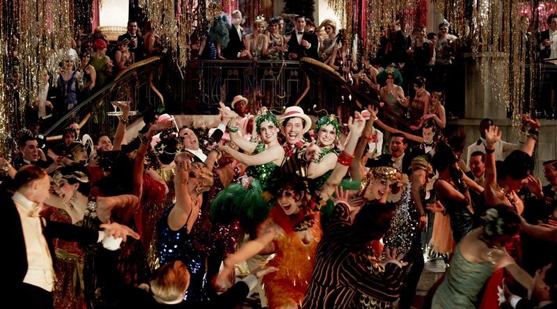 O Grande Gatsby: o milionário Jay Gatsby prepara uma grande festa em sua casa