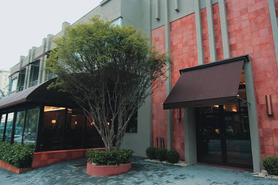 O valorizado ponto no número 60 da Avenida Cidade Jardim: a fachada do antigo bar foi preservada