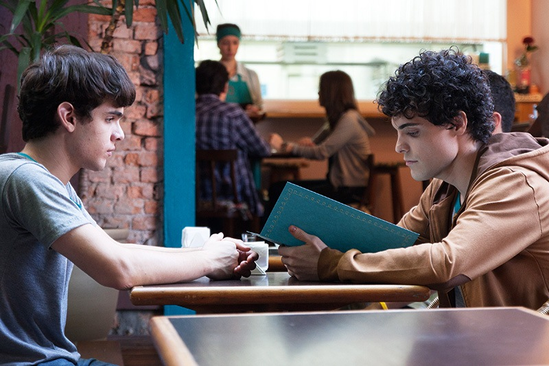 Hoje Eu Quero Voltar Sozinho: Leo e Gabriel, a convivência vai levá-los a caminhos inesperados