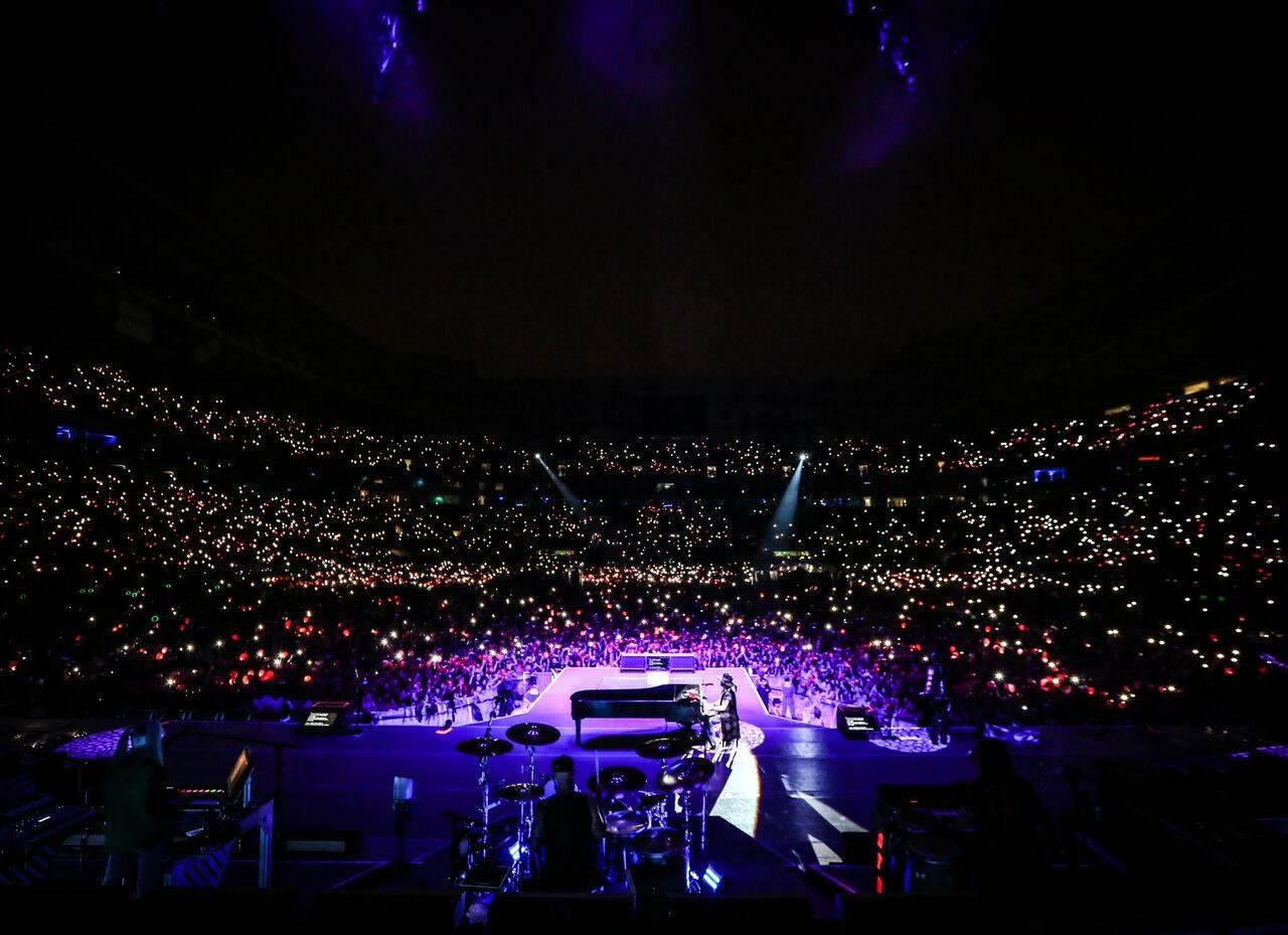 Allianz Parque com 45 000 pessoas e Guns no palco (Foto: Karina Benzova)