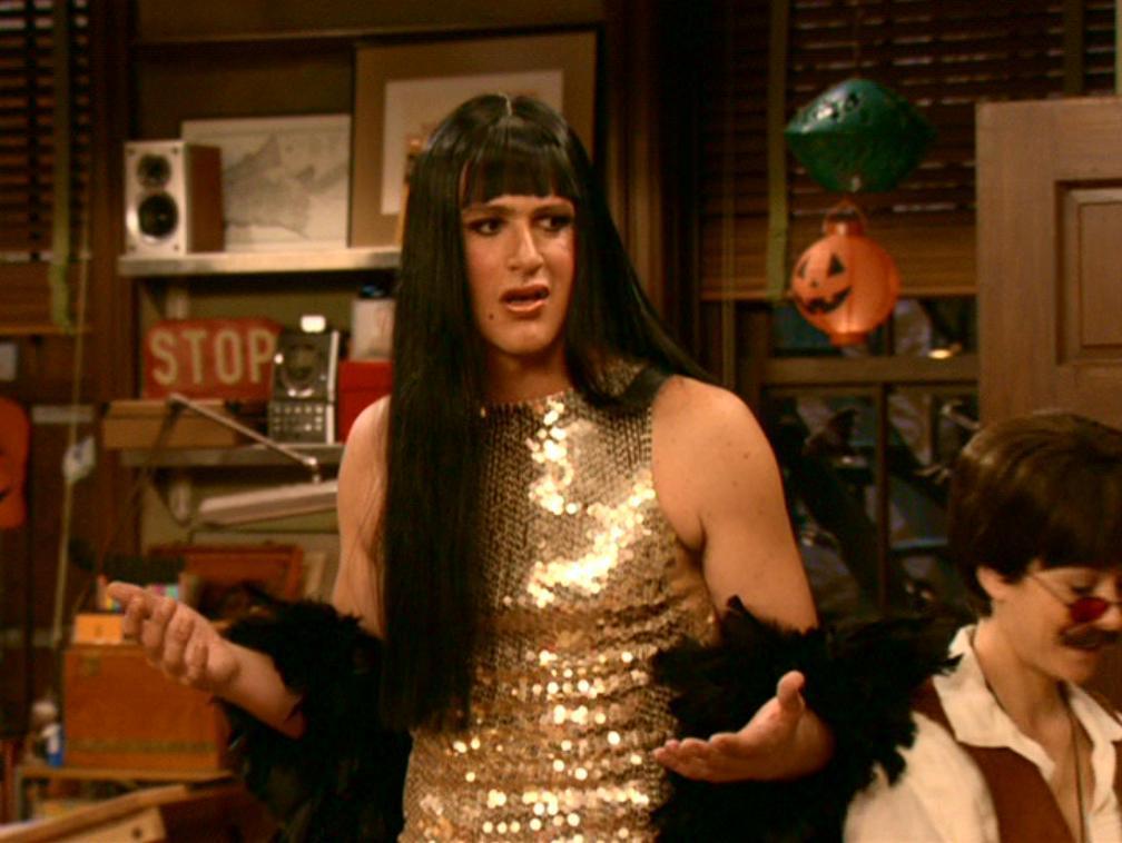 Halloween-how-i-met-your-mother-1469273-1008-758