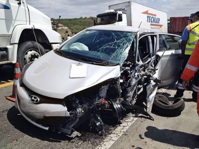 HB20 acidente