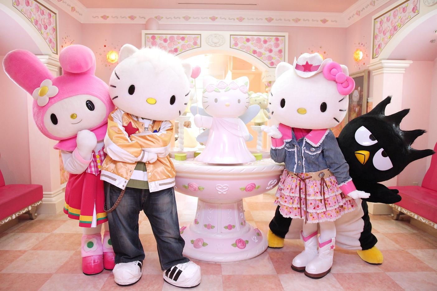 Hello-Kitty-and-friends-From-L-R-My-Melody-Dear-Daniel-Hello-Kitty-Bad-Badtz-maru
