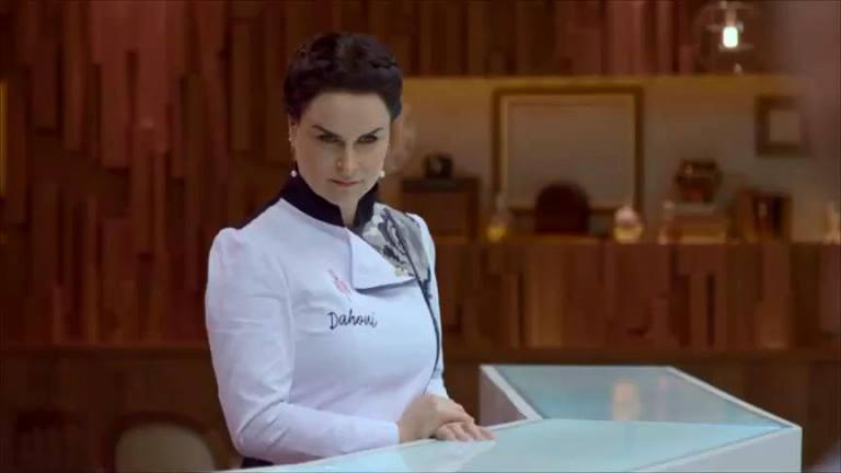 Dahoui: primeira mulher a apresentar o Hell's Kitchen no mundo (Fotos: Gabriel Gabe)