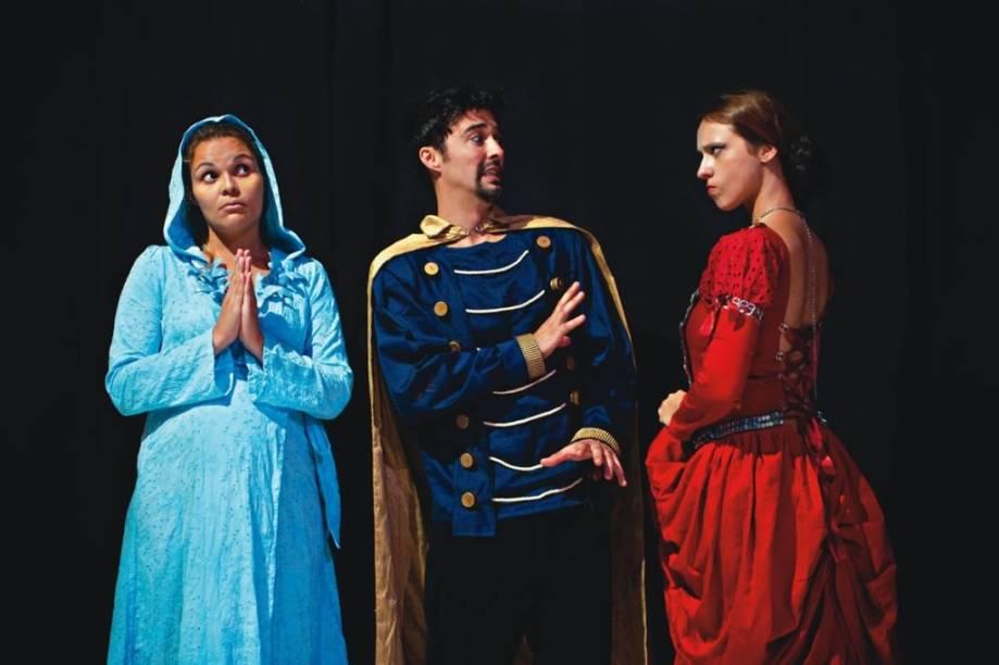 Juliana Balbino, Tiago Moraes e Gabi Cywinski estrelam a comédia Cheiro de Céu, de Mário Viana