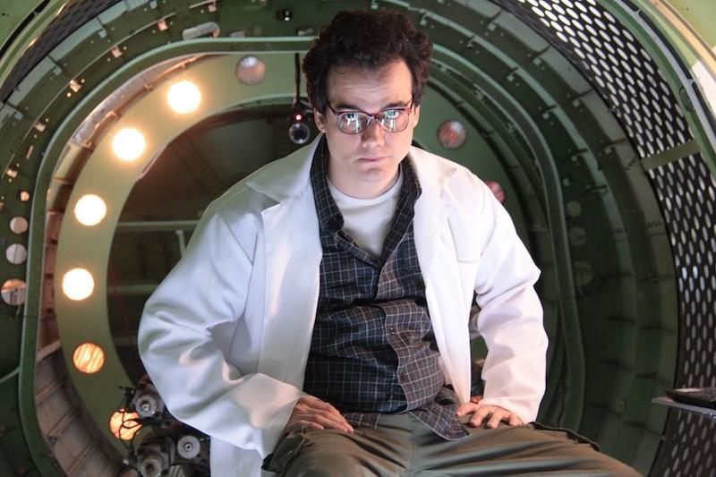 O Homem do Futuro: comédia com pitadas de ficção científica
