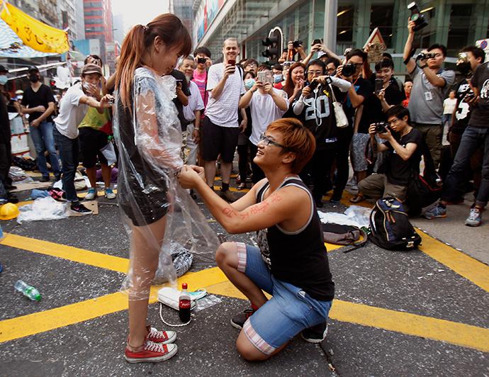 Hong-Kong-Protester-Marriage-Proposa