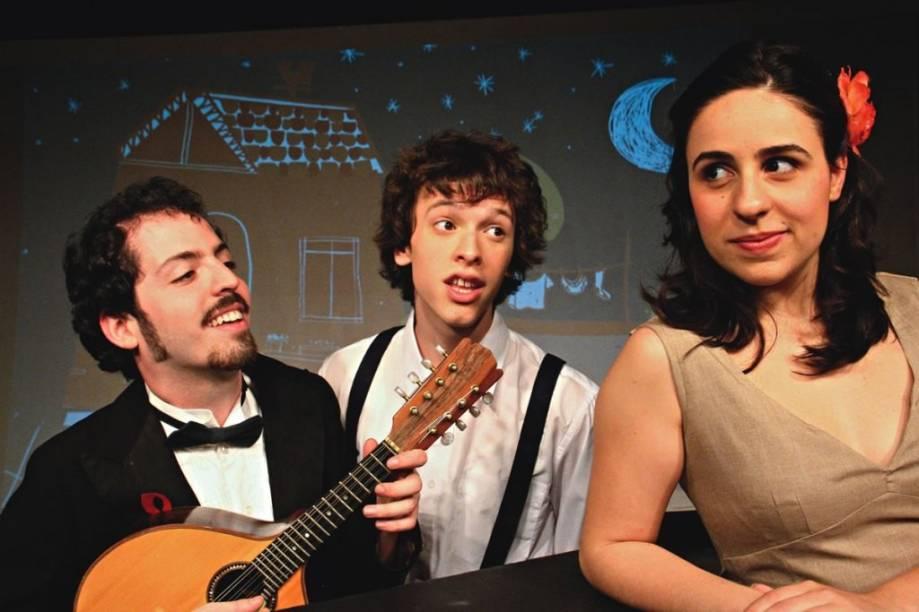 André Vac, Thomaz Huszar e Beatriz Mentone estão no espetáculo A Linha Mágica