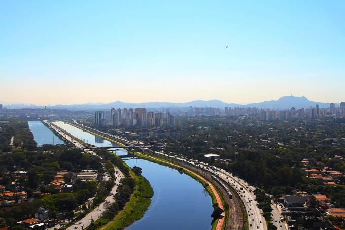 Vista geral do Rio Pinheiro Foto Ivan Dias