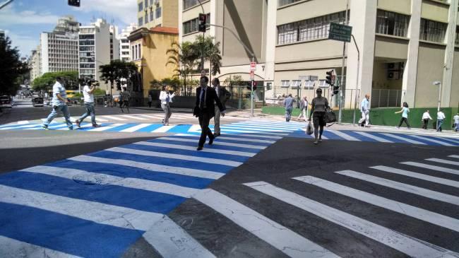 faixa de pedestres diagonal