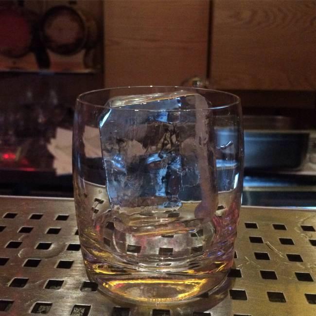Isola Bar - gelo cristalino