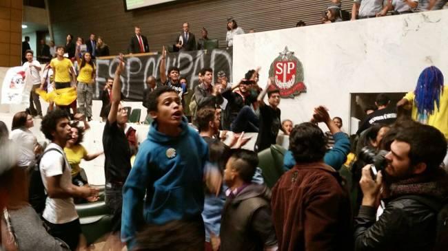 Protesto estudantes Assembleia Legislativa