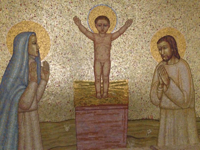 As obras são concebidas pelo escultor ítalo-brasileiro Galileo Ugo Emendabili