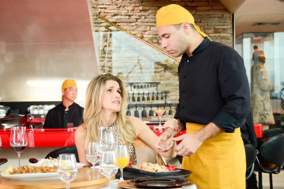 De Pernas pro Ar: Ingrid Guimarães e Rodrigo Santanna em cena