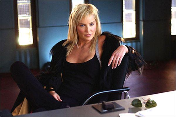 2006 - Retomando o papel que a consagrou em Instinto Selvagem 2