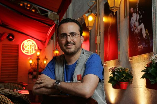 Data da foto: 01/2011Isaac Azar, dono do restaurante Paris 6.