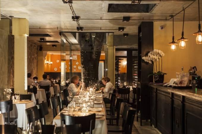 Salão do restaurante Jacarandá: o agradável ambiente segue inalterado (Foto: Ricardo D'Angelo)