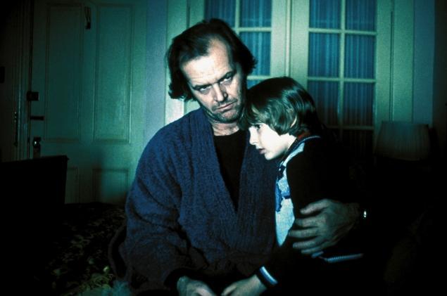 Numa cena de O Iluminado, com Jack Nicholson