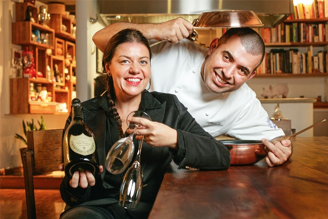 Janaína e Rueda: jantar experimental por 600 reais (Foto: Fernando Moraes)
