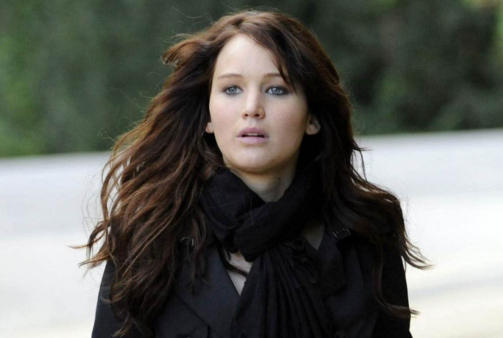 Oscar-winning actress Jennifer Lawrence's 'Silver Linings Playbook' costumes auctioned for $12,00