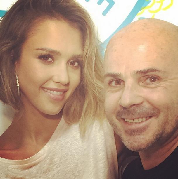 A atriz e o cabeleireiro Gianna Andrea (Foto: Reprodução/Instagram)