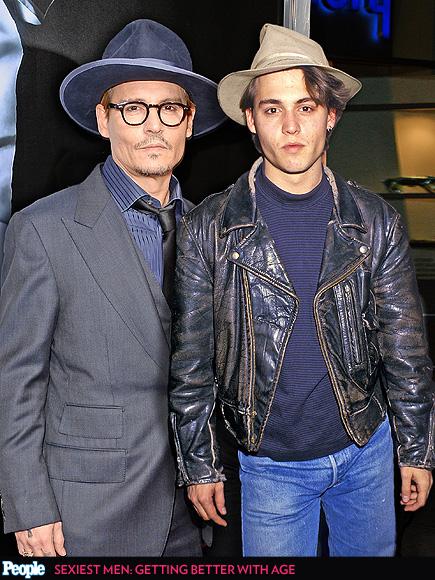Johnny Depp em 2014 e em 1987