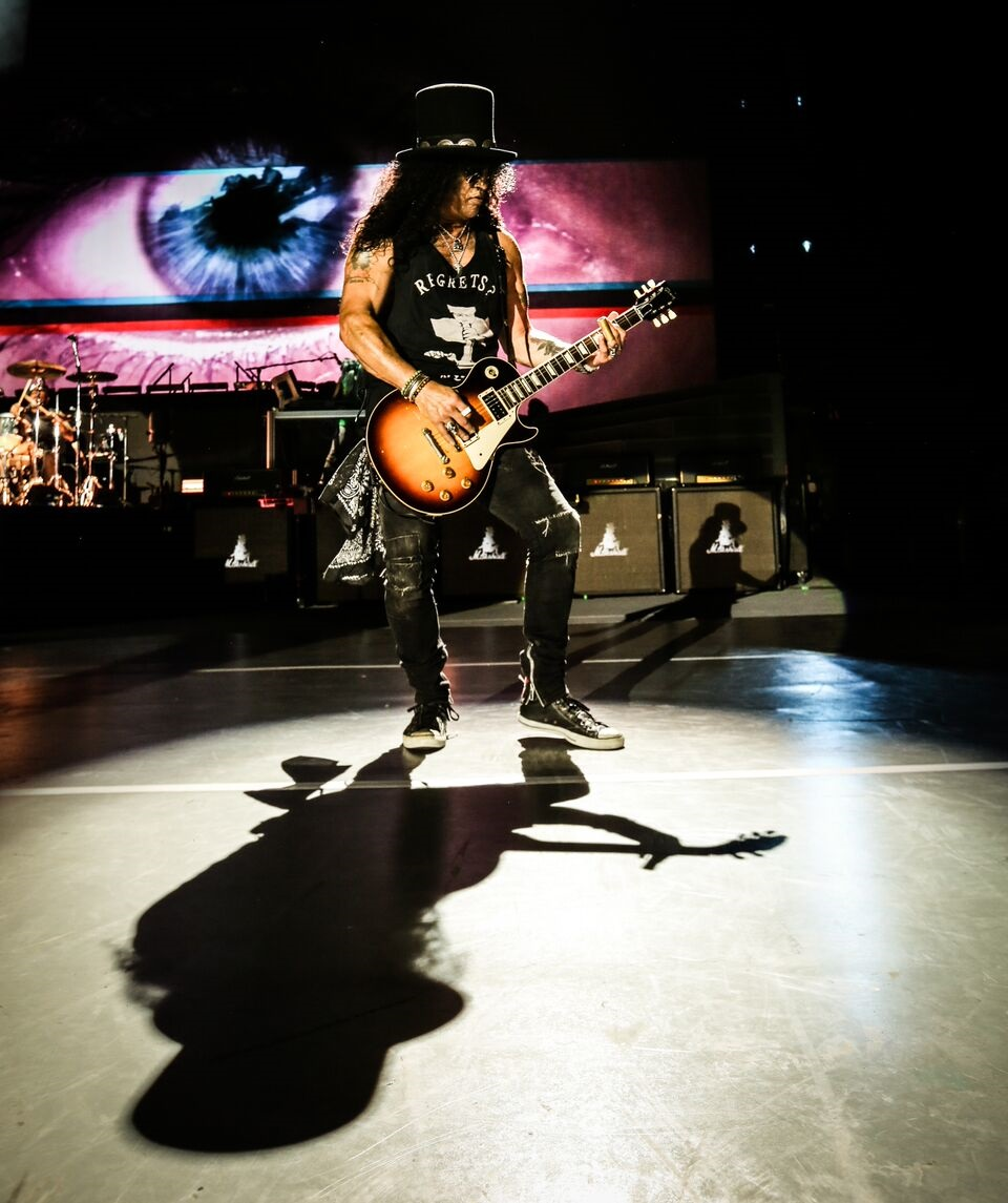 Slash: solos de guitarra para levantar o público (Foto: Katarna Benzova)