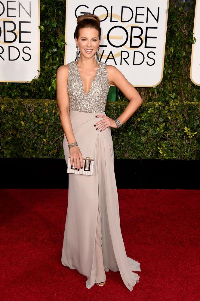 Kate Beckinsale veste Elie Saab Couture (Foto: Reprodução/Fashionista)