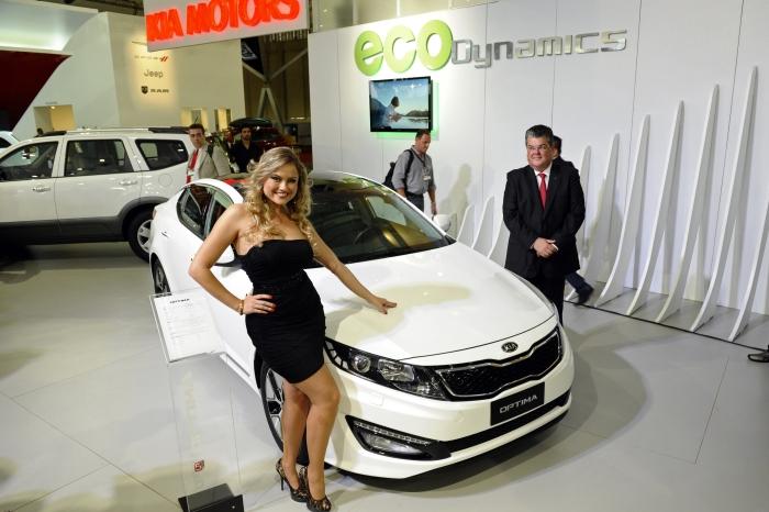 Optima híbrido: também da KIA, o modelo de motor 2.0 tem 190 cv e câmbio automático de seis velocidades