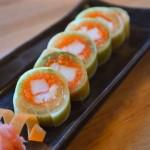 Enrolado de salmão kyurimaki