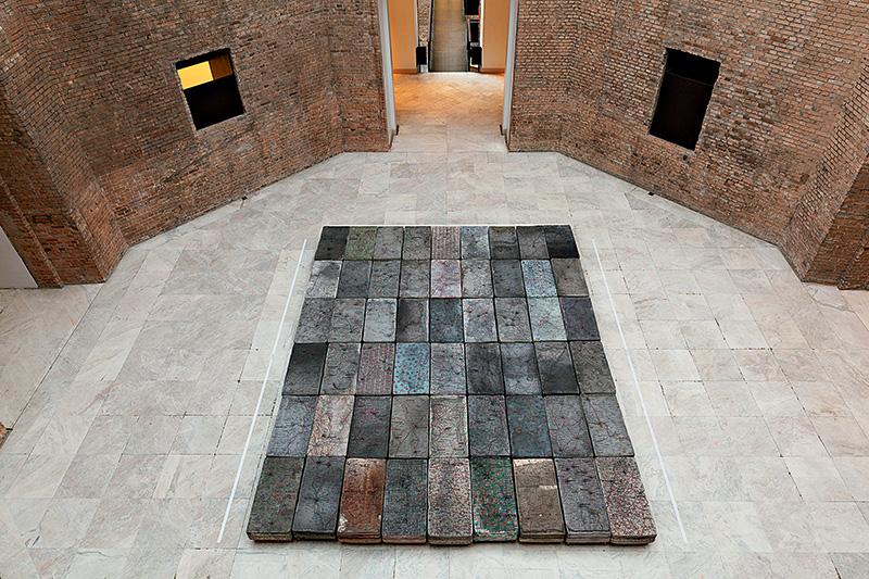 Le Sacre: a instalação é formada por 54 minicamas
