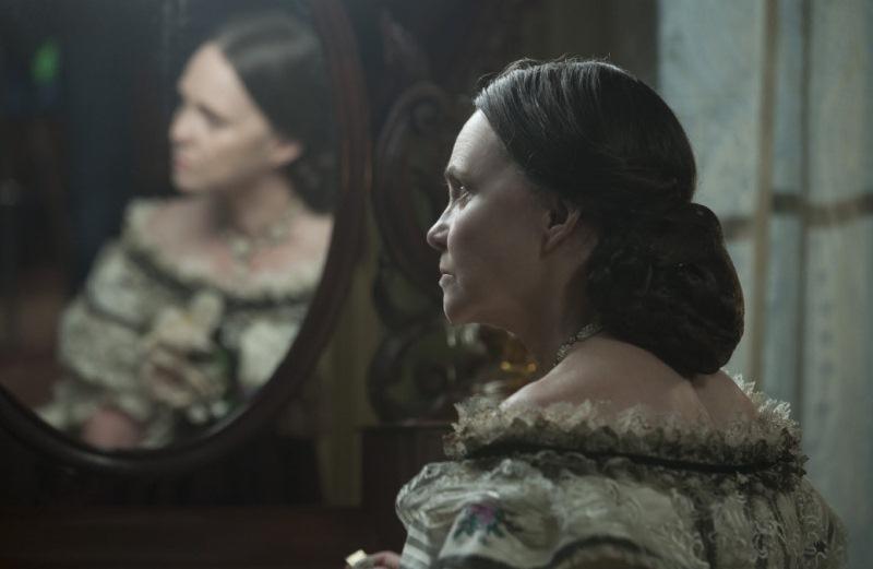 """Lincoln: a atriz Sally Field como a personagem Mary Todd Lincoln"