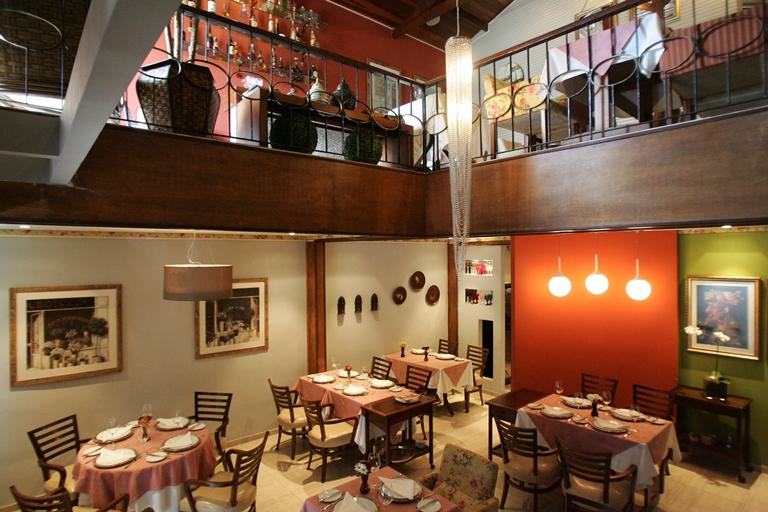 Salão depois da reforma: ganhou cores quentes e atmosfera atraente (Fernando Moraes)