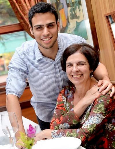 Leo ao lado da mãe, Marie-France: terceira geração (Foto: Tadeu Brunelli)
