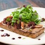 Menu La Grassa: crostini com salada (Fotos: Fabio Ribeiro)