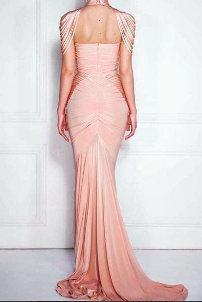 As costas do vestido usado por Lala, mas no corpo de outra modelo: tecido leva seda em sua composição (Foto: Reprodução/Instagram)