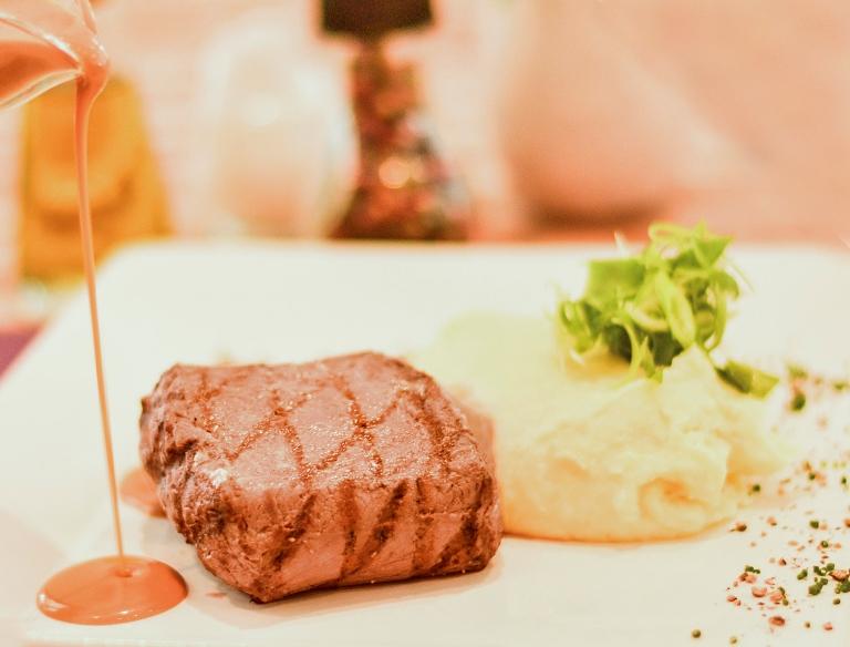 Sugestão do Lapin: steak au poivre (Foto: divulgação)