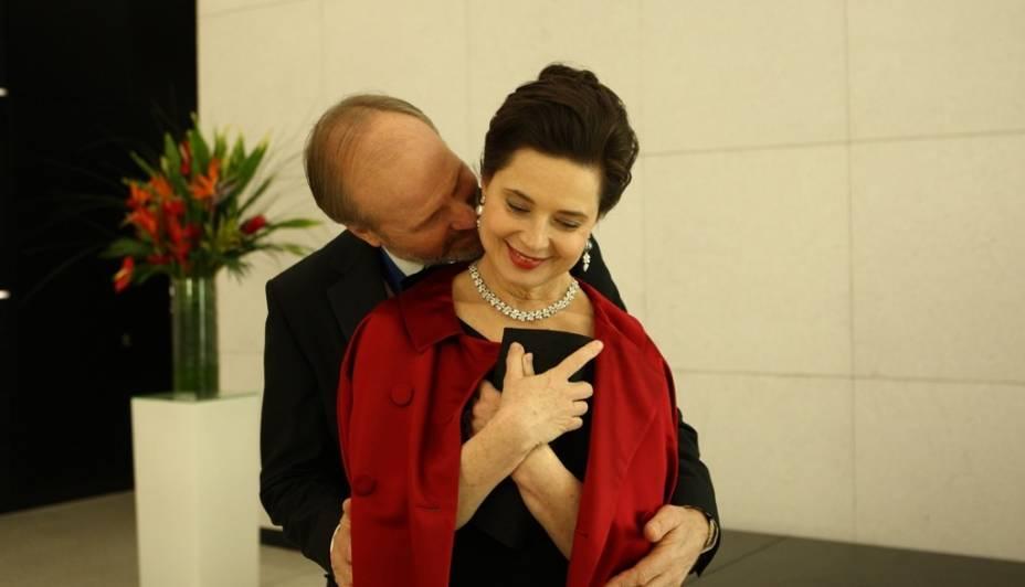 William Hurt e Isabella Rossellini em Late Bloomers: O Amor Não Tem Fim: atores interpretam um casal com mais de 30 anos de união