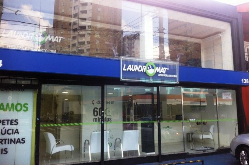 Unidade da lavanderia Laundromat, no Itaim Bibi